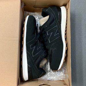 New Balance '696' Sneaker Black Nubuck